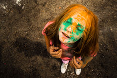 Retrato de uma menina para o festival indiano das cores Holi Foto de Stock Royalty Free