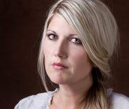 Retrato de uma mulher 30-40 envelhecida média Foto de Stock Royalty Free