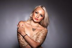 Retrato de uma mulher Imagens de Stock Royalty Free