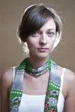 Retrato de uma mulher atrativa nova. Fotografia de Stock