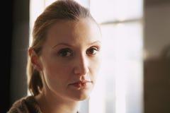 Retrato de uma mulher bonita Fotos de Stock