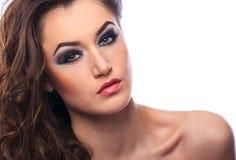Retrato de uma mulher bonita fotografia de stock