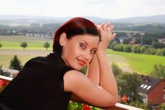 Retrato de uma mulher bonita. imagens de stock royalty free