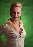 Retrato de uma mulher bonita e madura Fotografia de Stock Royalty Free