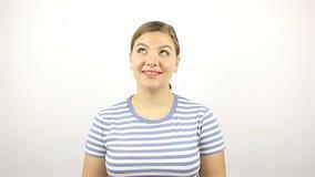 Retrato de uma mulher bonita nova Sorriso olhando a câmera Close-up filme
