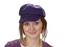Retrato de uma mulher com um chapéu violeta Imagem de Stock Royalty Free
