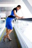 Retrato de uma mulher de negócio nova bem sucedida Imagens de Stock Royalty Free