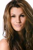 Retrato de uma mulher fresca e encantadora Fotografia de Stock Royalty Free