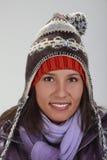 Retrato de uma mulher no inverno imagens de stock royalty free