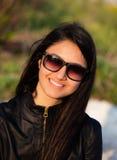 Retrato de un adolescente con las gafas de sol Fotografía de archivo