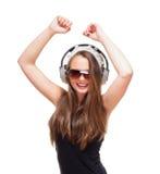 Retrato de un adolescente con los auriculares Fotos de archivo