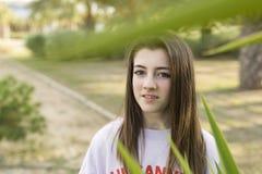 Retrato de un adolescente de 15 años joven Imagen de archivo libre de regalías