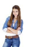 Retrato de un adolescente de la chica joven en chaqueta y tejanos de los vaqueros Imágenes de archivo libres de regalías