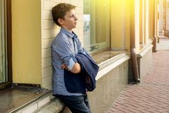 Retrato de un adolescente del muchacho 13-14 años Fotos de archivo