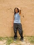 Retrato de un adolescente del nativo americano Foto de archivo