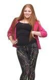 Redhead adolescente con las manos en cadera Imagen de archivo