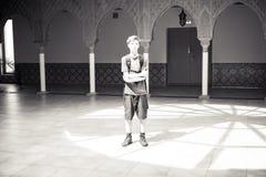 Retrato de un adolescente derecho Foto de archivo libre de regalías