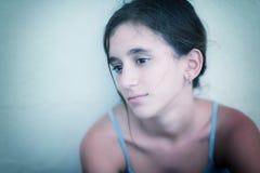 Retrato de un adolescente triste y solo Imagen de archivo