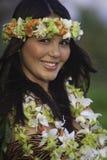 Retrato de un bailarín hawaiano del hula Fotos de archivo libres de regalías