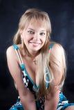 Retrato de un blonde lindo foto de archivo