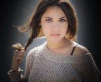 Retrato de un Brunette hermoso fotos de archivo libres de regalías