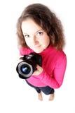 Retrato de un fotógrafo bonito de la muchacha aislado Imagenes de archivo