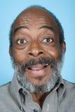 Retrato de un hombre adulto mayor imágenes de archivo libres de regalías
