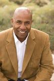 Retrato de un hombre afroamericano feliz Imagen de archivo libre de regalías