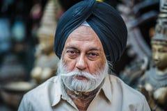 Retrato de un hombre con una barba en Delhi, la India Imagen de archivo libre de regalías