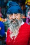 Retrato de un hombre con una barba en Delhi, la India Imagen de archivo