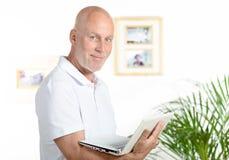 Retrato de un hombre de mediana edad fotos de archivo
