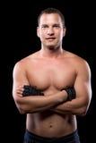 Retrato de un hombre fuerte sano con un torso desnudo Imagen de archivo
