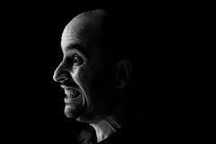Retrato de un hombre momentos antes de ser agua lanzada en la cara Fotos de archivo libres de regalías