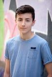 Retrato de un hombre rebelde del adolescente Fotografía de archivo libre de regalías