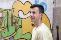 Retrato de un hombre rebelde del adolescente Imágenes de archivo libres de regalías