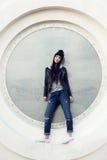 Retrato de un inconformista hermoso de la muchacha Imagen de archivo