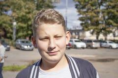 Retrato de un muchacho con hair2 rubio fotos de archivo libres de regalías