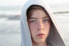 Retrato de un muchacho del adolescente Fotografía de archivo