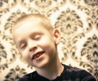Retrato de un niño pequeño fotos de archivo