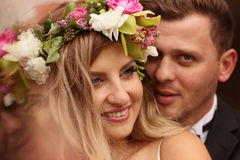 Retrato de un novio y de una novia hermosos Imagenes de archivo