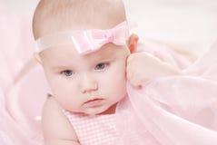 Retrato de un pequeño bebé Imágenes de archivo libres de regalías