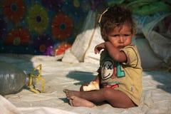 Retrato de un pequeño niño del vagabundo Cabrito sin hogar Imágenes de archivo libres de regalías