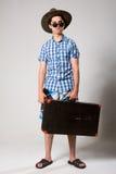 Retrato de un turista joven en un looki integral Imagen de archivo