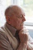 Retrato de un viejo hombre Fotografía de archivo libre de regalías