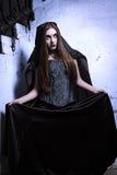 Retrato de una bruja joven. Imagen de archivo
