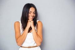 Retrato de una chica joven feliz Imágenes de archivo libres de regalías