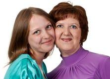Retrato de una madre de mediana edad con la hija Fotos de archivo libres de regalías