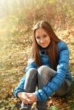 Retrato de una muchacha adolescente feliz Imágenes de archivo libres de regalías