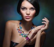 Retrato de una muchacha atractiva Fotografía de archivo libre de regalías