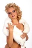Retrato de una muchacha atractiva hermosa Foto de archivo libre de regalías